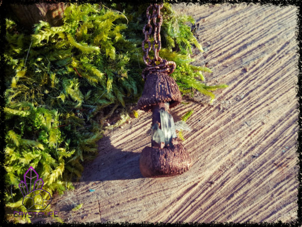 Little Magic Mushroom Pendant - Copper Electroformed - Quartz Crystal Points - OOAK, Healing, Meditation, yoga, new age, hippy