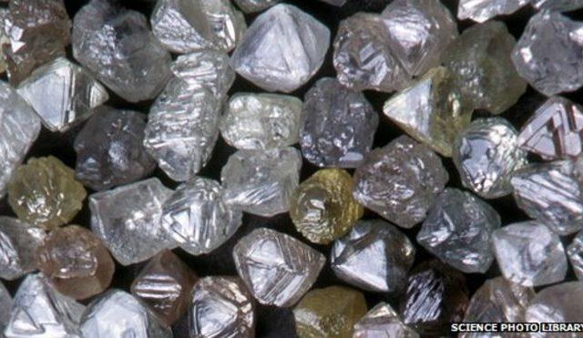 70406386 e4250960 uncut diamonds spl 640x371 - Home
