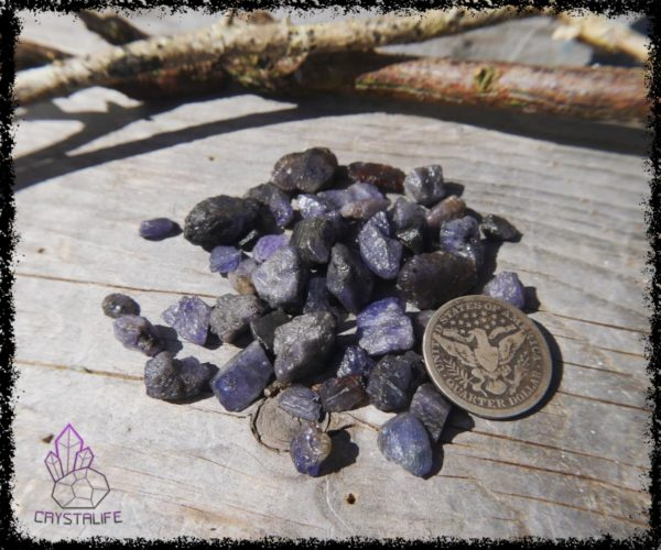 Raw Tanzanite crystals and gemstones for jewellery making, crystal healing and crystal grids