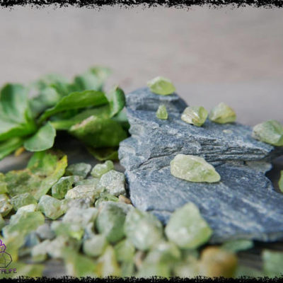 green peridot gemstones uncut 100 carats 5a21b0aa 400x400 - Moldavite Crystals - Intense, Intergalactic Infinity Stone.