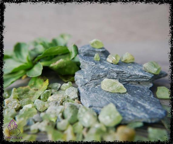green peridot gemstones uncut 100 carats 5a21b0aa - GREEN PERIDOT GEMSTONES Uncut 100 Carats