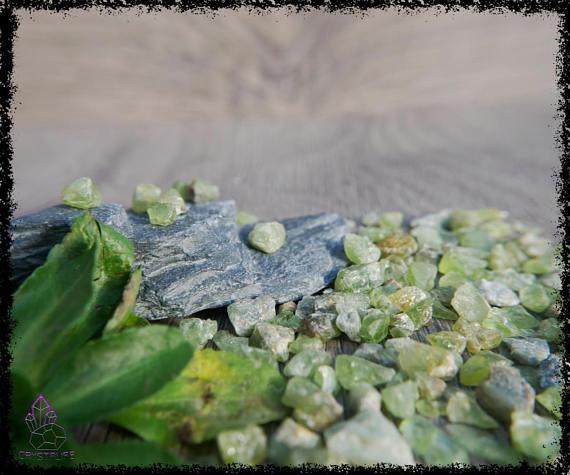 green peridot gemstones uncut 100 carats 5a21b0c5 - GREEN PERIDOT GEMSTONES Uncut 100 Carats