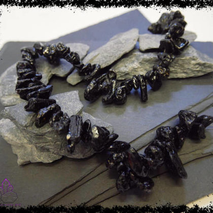 Tibetan Moldavite Tektite for crystal healing and jewellery making