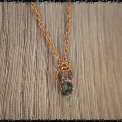 RAW EMERALD GEMSTONE Pendant