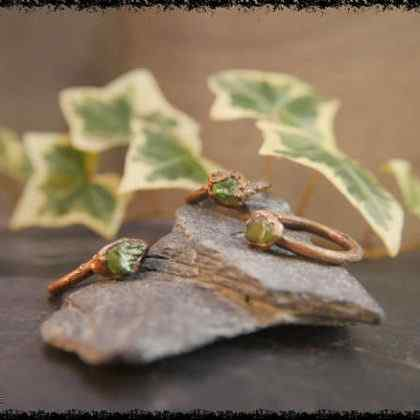 raw peridot crystal ring 5a5d29c5 420x420 - The Curious, Curing Power of Copper Jewellery
