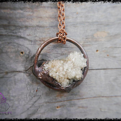 angel spirit quartz crystal pendant 2 5af8c7cc 420x420 - The Curious, Curing Power of Copper Jewellery
