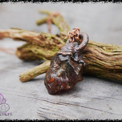 raw dominican amber crystal pendant 5af8c4cd 420x420 - The Curious, Curing Power of Copper Jewellery