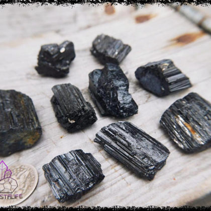 black tourmaline crystal 5b226dab 420x420 - BLACK TOURMALINE CRYSTAL