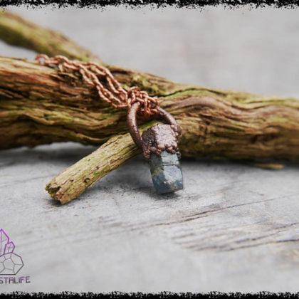 raw sapphire gemstone pendant 5b18e07b 420x420 - RAW SAPPHIRE Gemstone Pendant