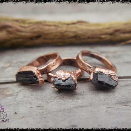 black tourmaline gemstone ring 5b55b1e3 420x420 - The Curious, Curing Power of Copper Jewellery