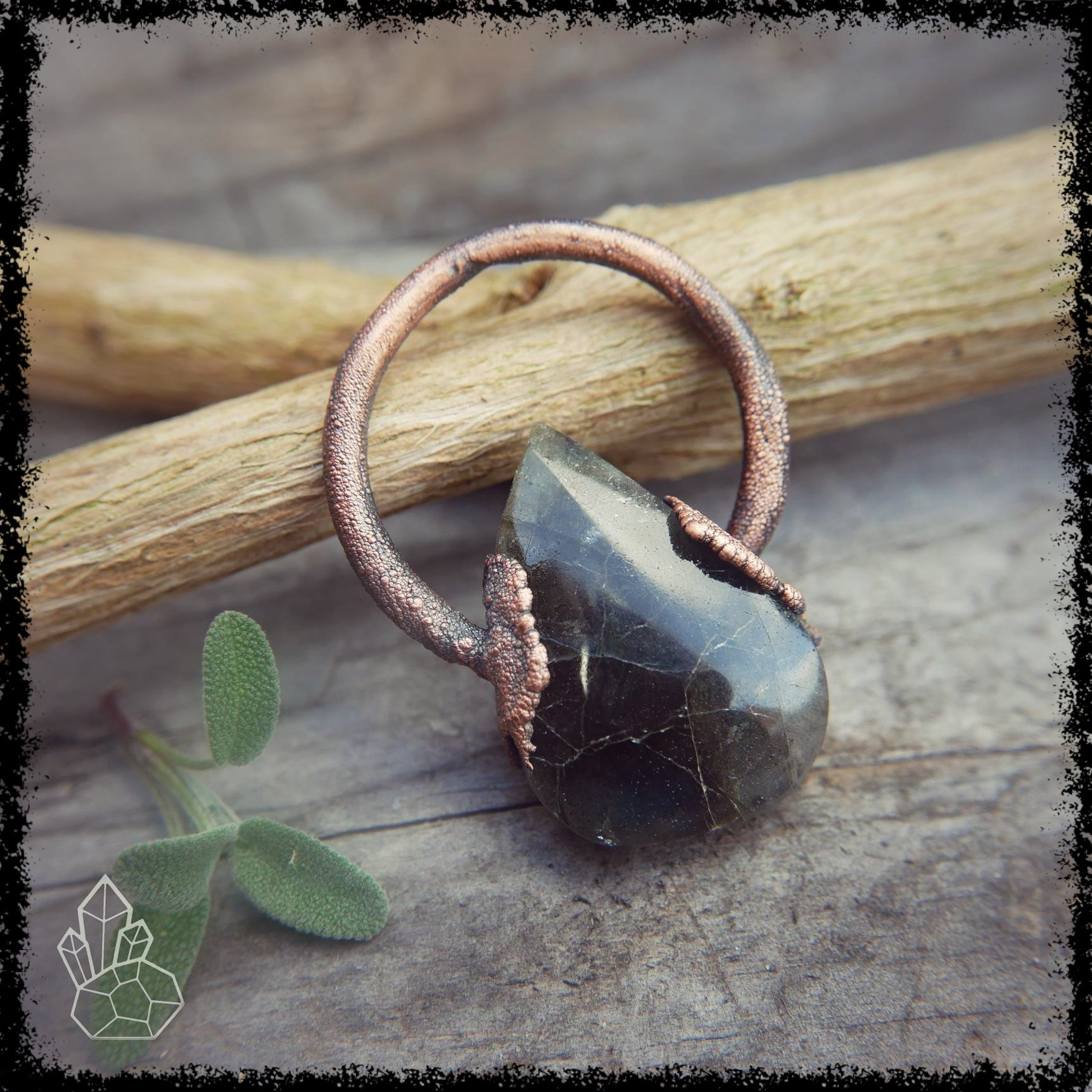 Labradorite Crystal Pendant Celestial Jewelry Crystalife